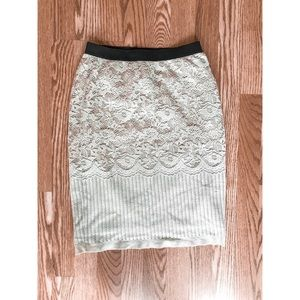H&M Lace Detail Pencil Skirt